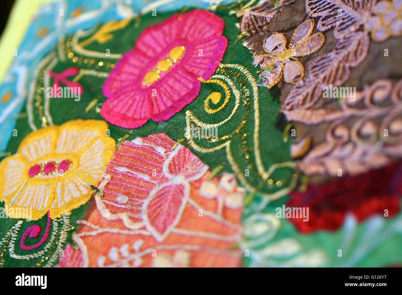 Colorato decor Indiano di manufatti tessili, il materiale e il tessuto Immagini Stock
