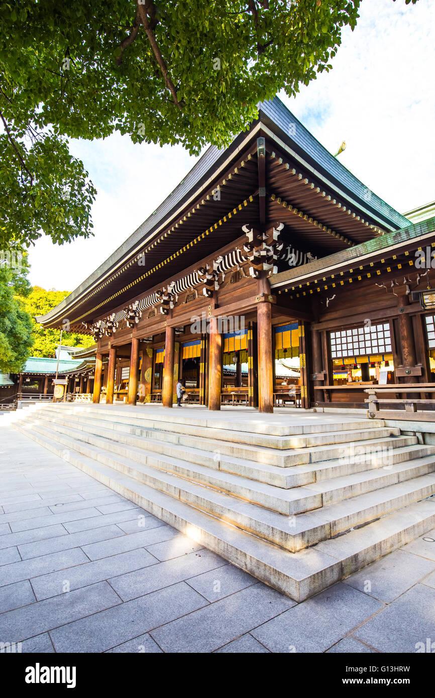 Tokyo, Giappone - 16 Febbraio 2015: il Tempio di Meiji situato in Shibuya, Tokyo, è il santuario scintoista Immagini Stock