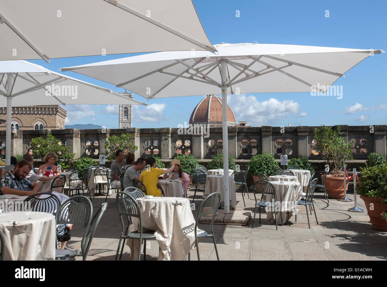La Terrazza Sul Tetto Cafe Ristorante Nella Galleria Degli