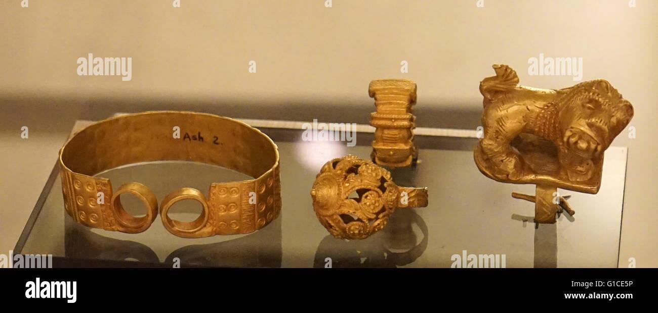 Anelli utilizzati dalla società Akan chiefs Immagini Stock