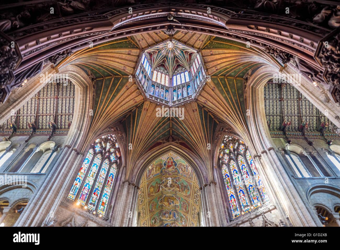 Plafoniere Tetto : Cattedrale di ely plafoniera tetto foto & immagine stock