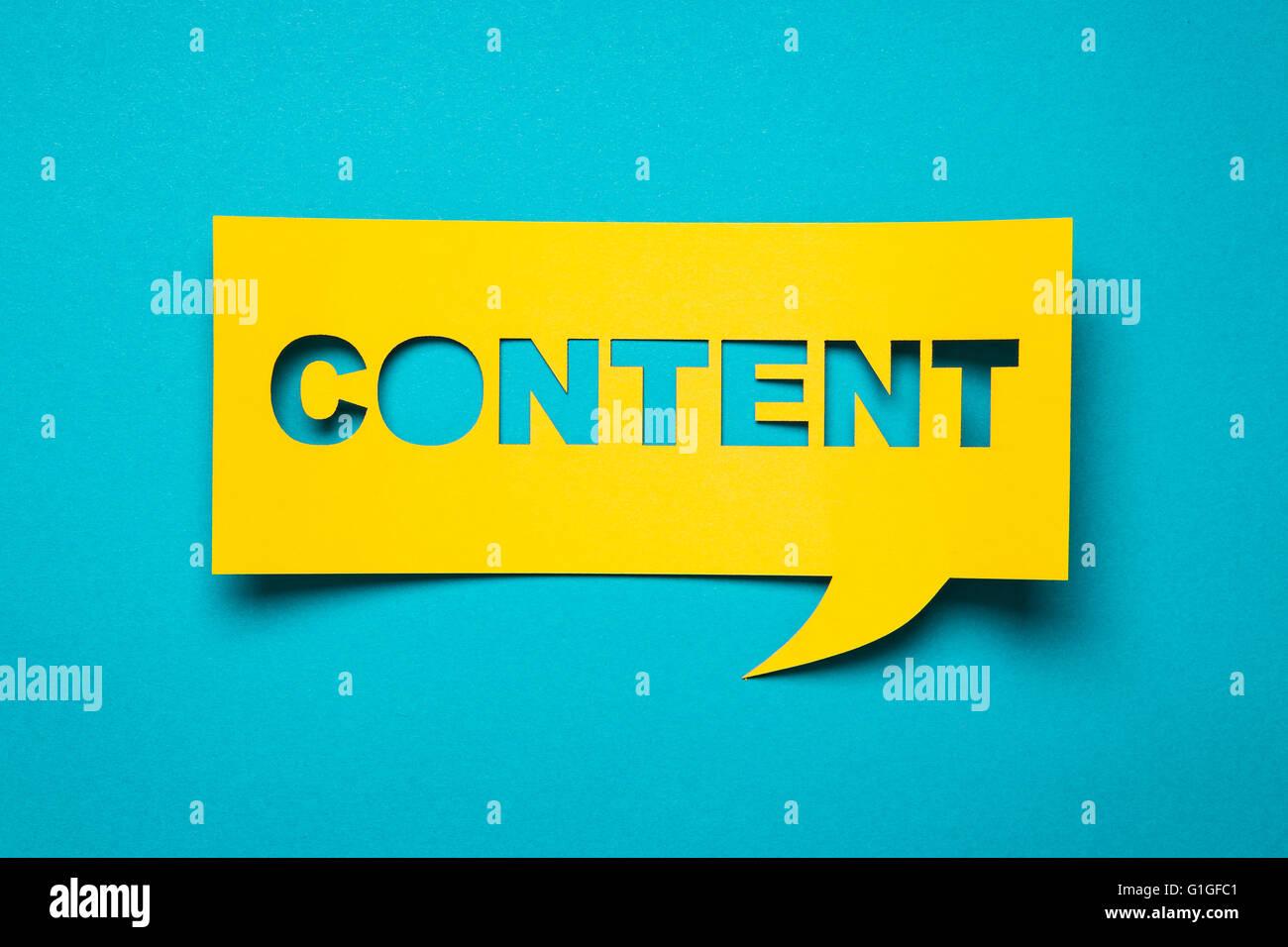 Discorso bolla con tagliare la frase 'contenuto' nella carta. Immagini Stock
