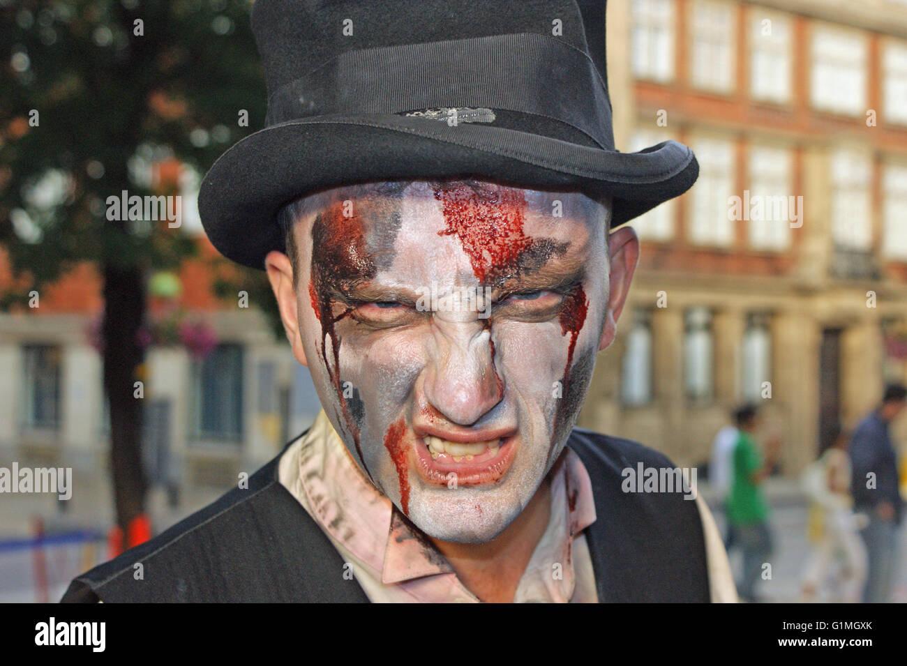 """Orrore compongono di """" morti viventi"""", horror di Londra, Halloween in anticipo Immagini Stock"""
