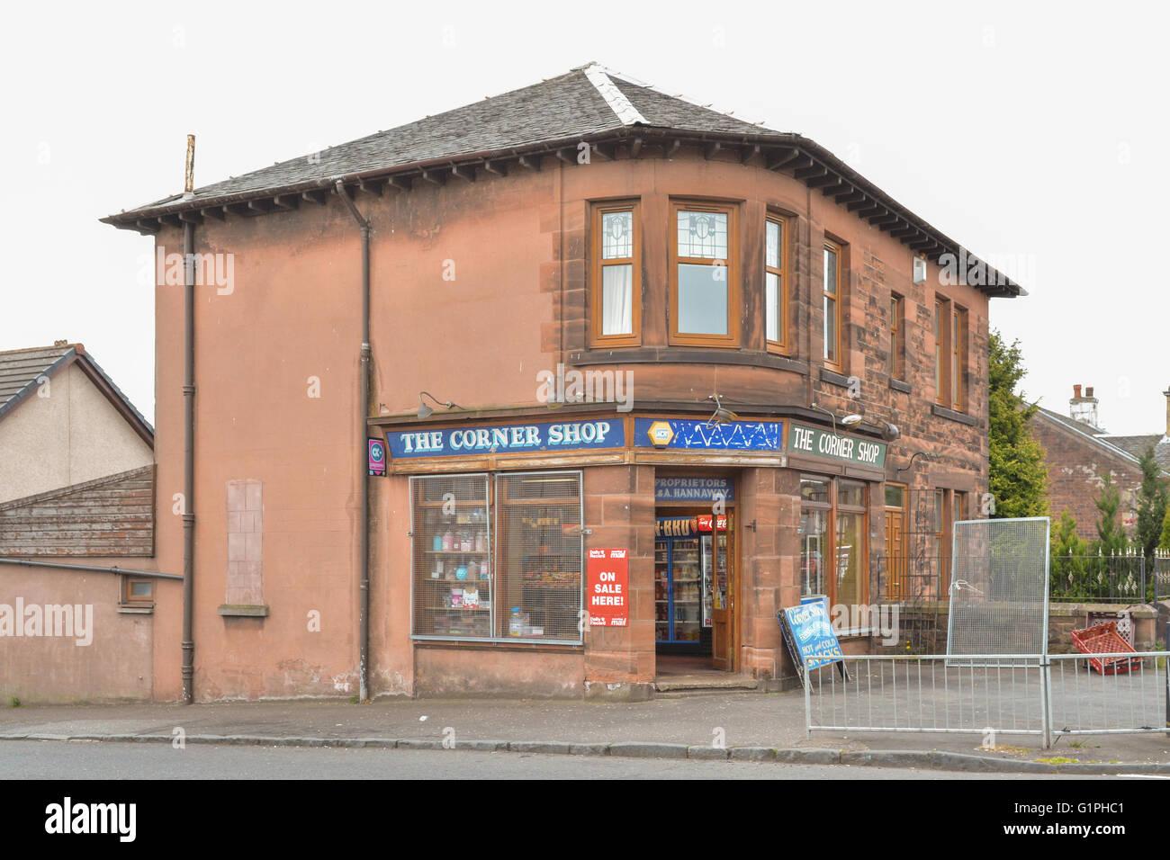 Angolo tradizionale negozio in Coatbridge, Scotland, Regno Unito Immagini Stock