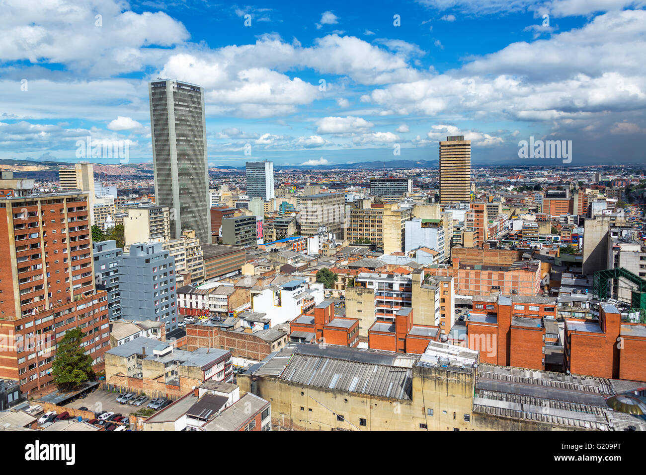 Paesaggio urbano in vista del centro della città di Bogotà, Colombia Immagini Stock
