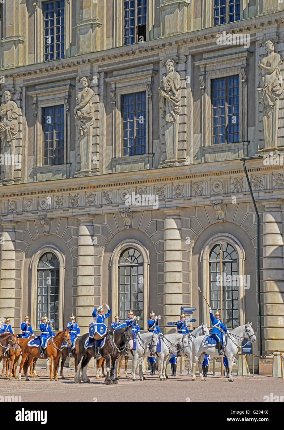 Cambio della guardia al Palazzo Reale di Stoccolma, Svezia. Immagini Stock