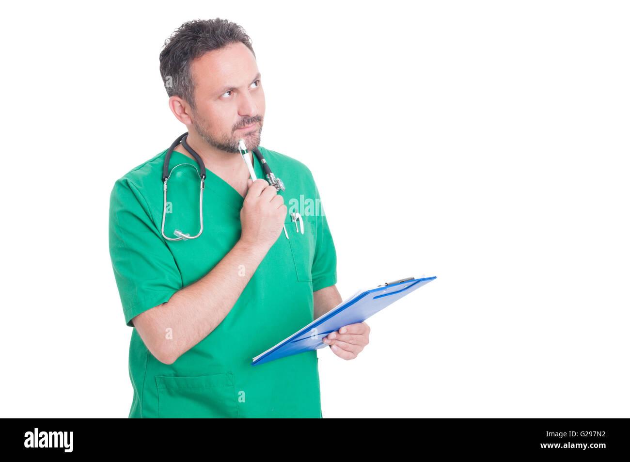 Intelligent medic o medico di pensare e tenere appunti Immagini Stock