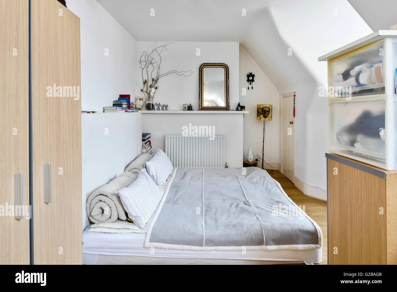 Mobili Contemporanei Camere Da Letto : Inglewood road west hampstead. camera da letto con mobili