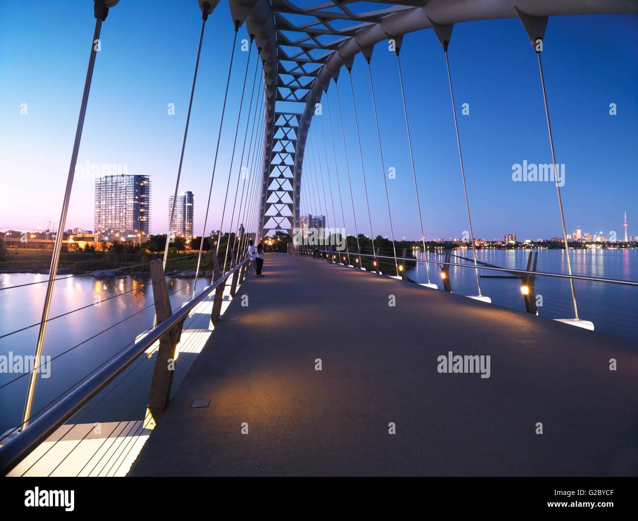 Fiume Humber ponte di Arco, Toronto, Provincia di Ontario, Canada Immagini Stock