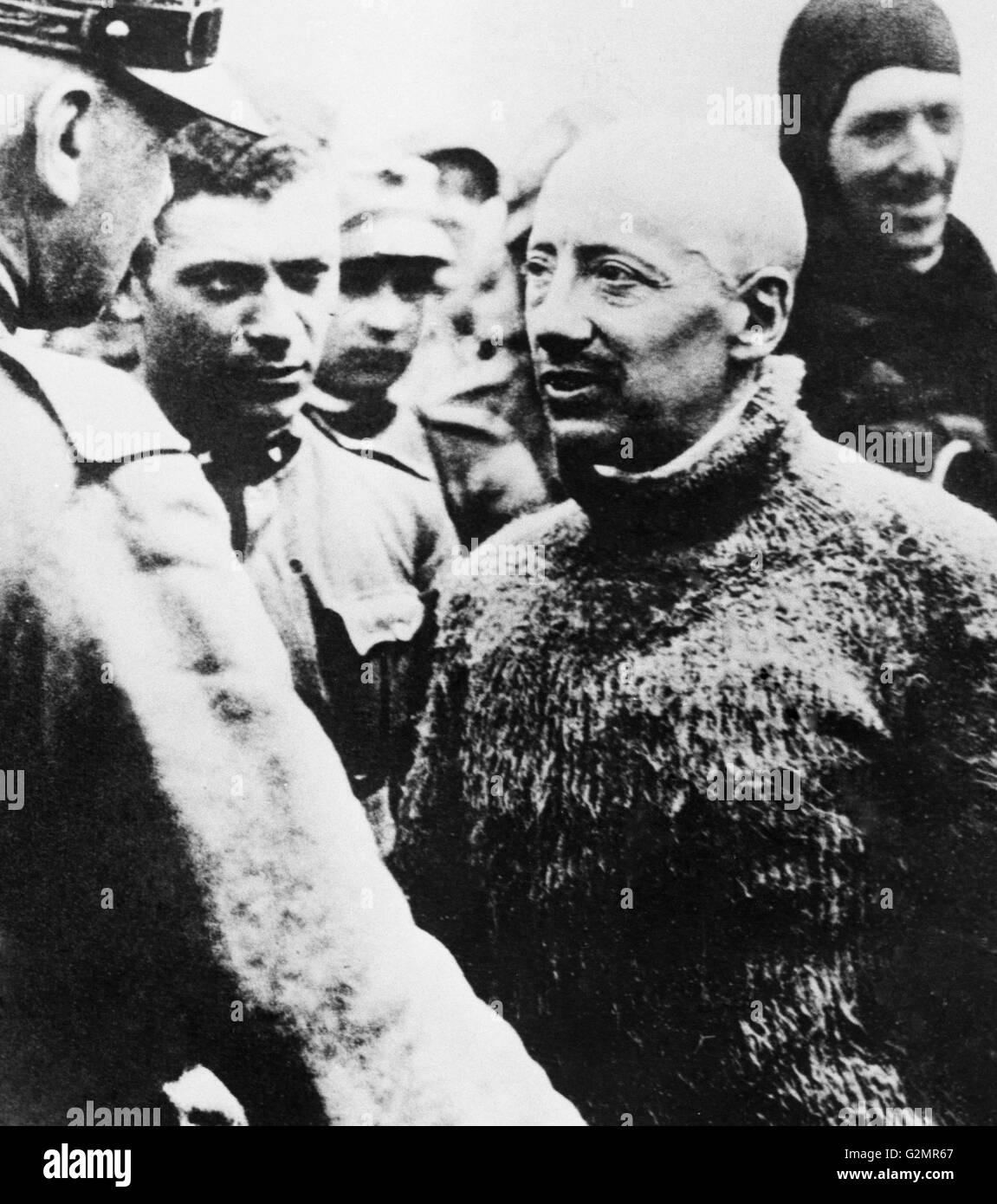 Gabriele D'Annunzio dopo il leggendario volo su Vienna,1918 Immagini Stock
