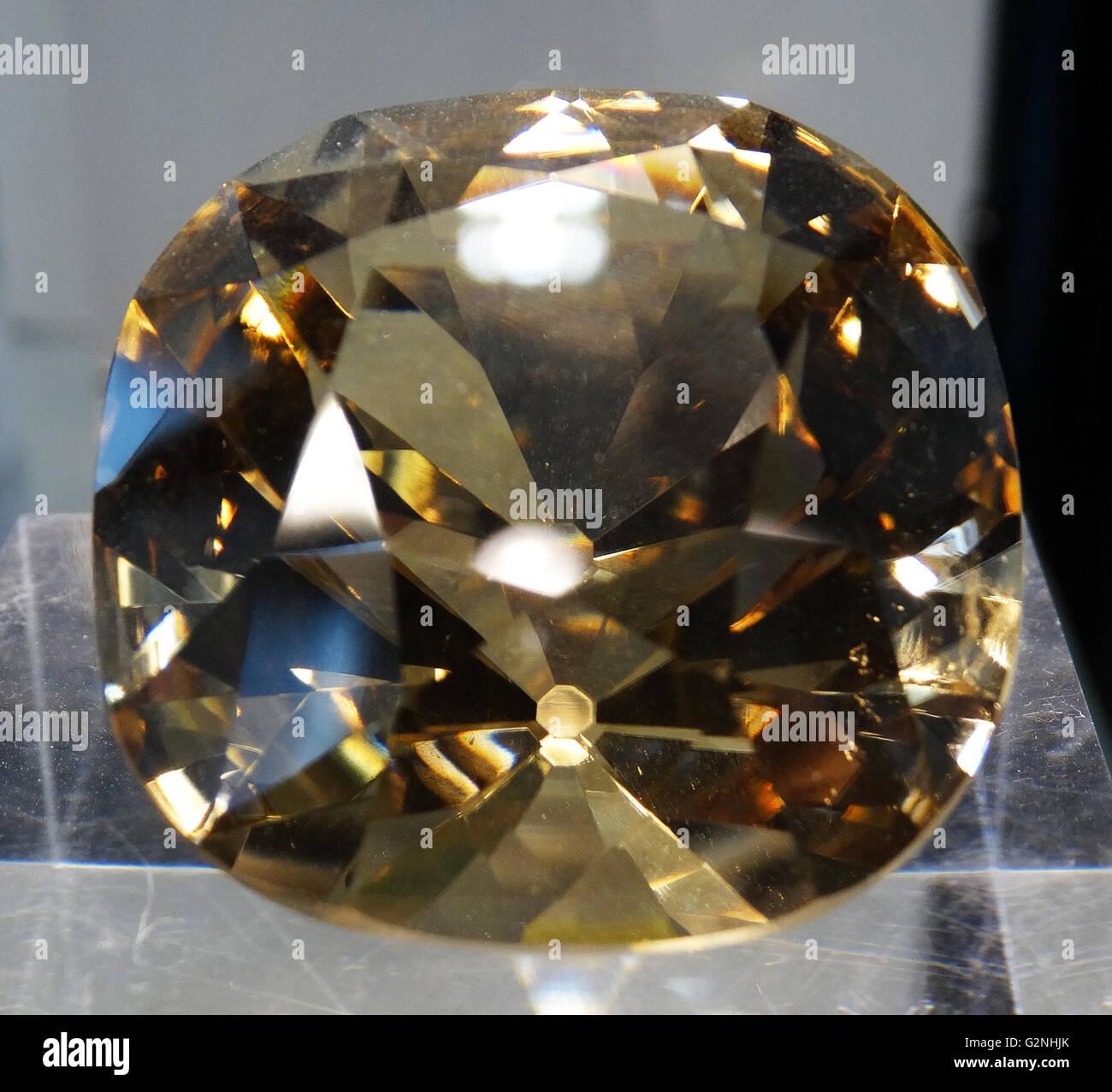Giallo De Beers Diamond Immagini Stock