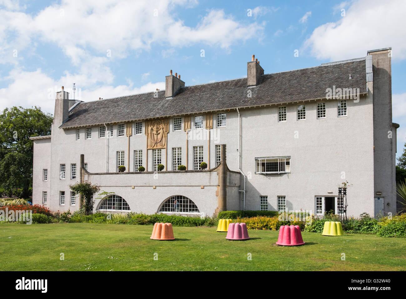 Casa per un amante dell'arte da Charles Rennie Mackintosh nel Bellahouston Park Glasgow , Regno Unito Immagini Stock