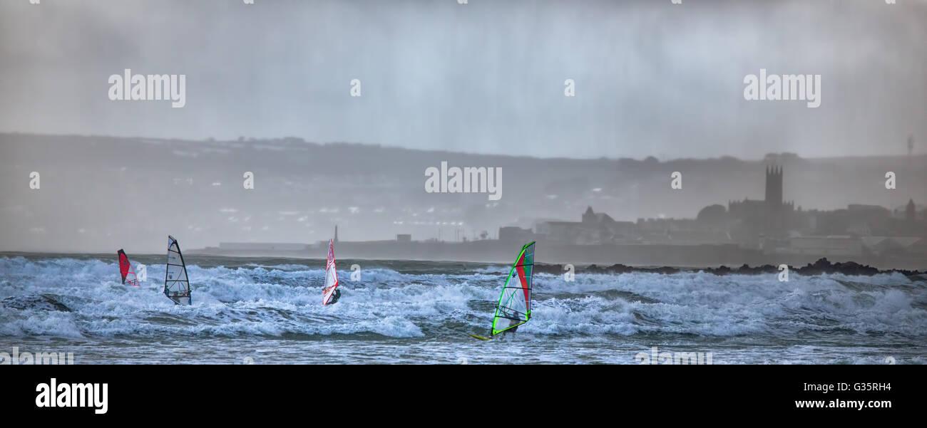 Wind surf in Mounts Bay,cornwall, Regno Unito Immagini Stock
