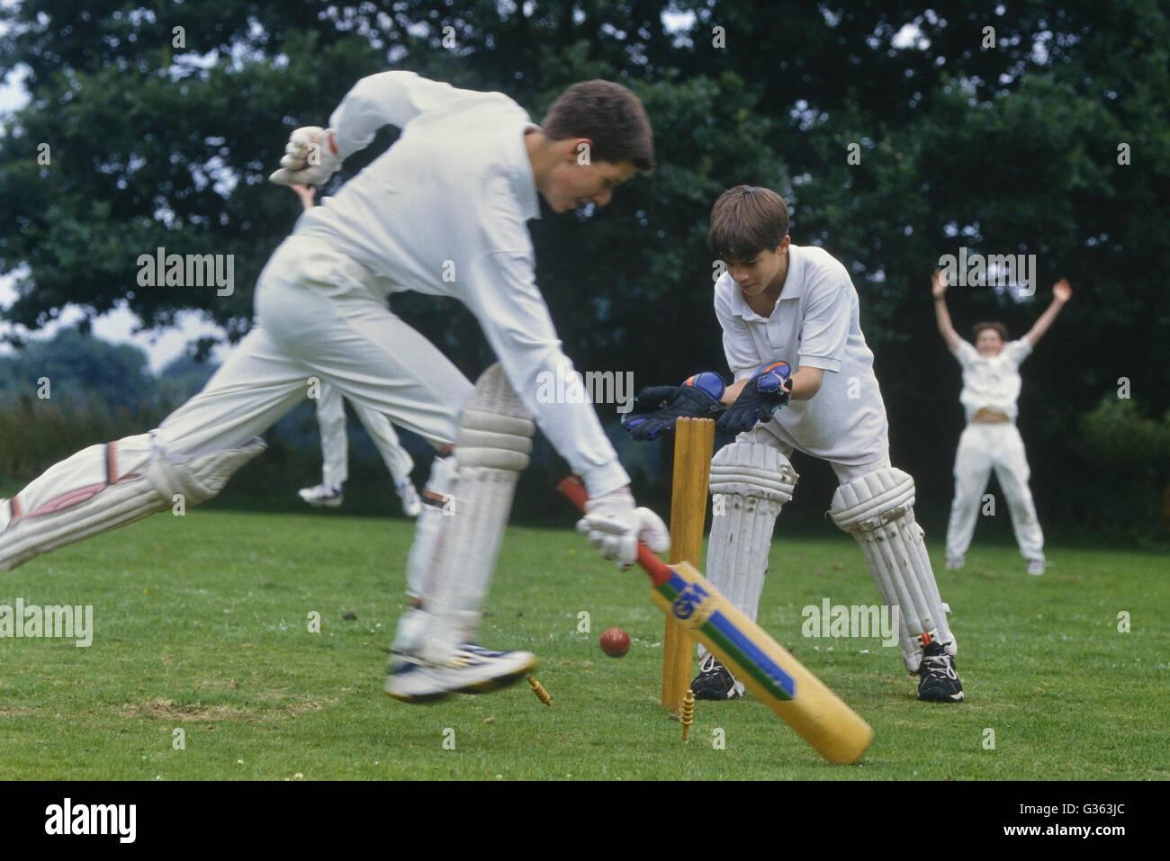 Scuola partita di cricket. In Inghilterra. Regno Unito. Europa Immagini Stock