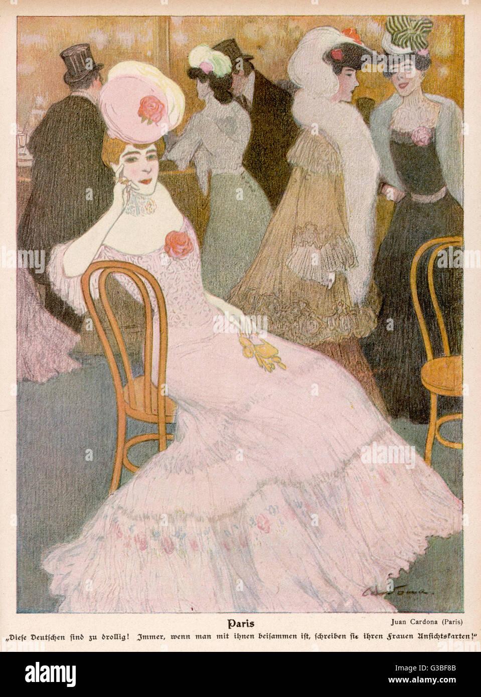 Un parigino alla moda in un abito rosa con un giogo traslucido & floral corpetto & una fluente mantello, Immagini Stock