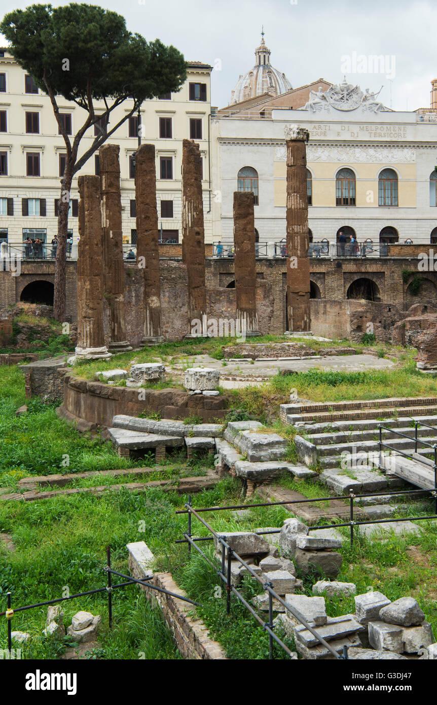 Italien, Rom, Largo di Torre Argentina, Tempelruinen des Tempel B Immagini Stock