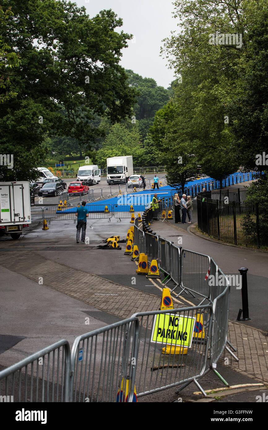 Leeds, Regno Unito. Decimo Giugno, 2016. Ultimi preparativi a Roundhay Park a Leeds dove migliaia di professionisti Immagini Stock