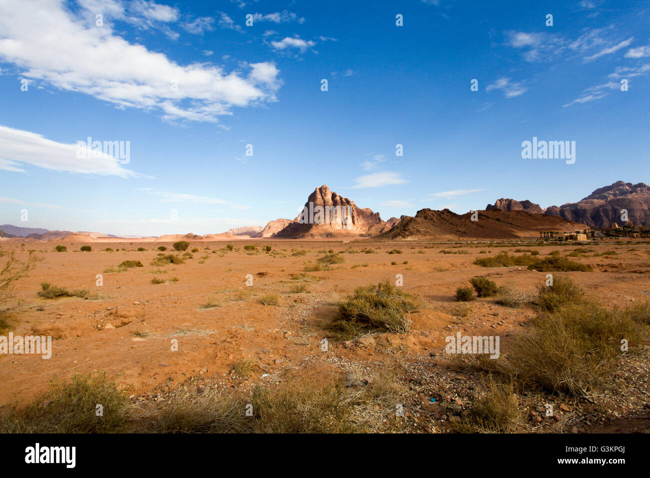 Il paesaggio del deserto, Wadi Rum, Giordania Immagini Stock