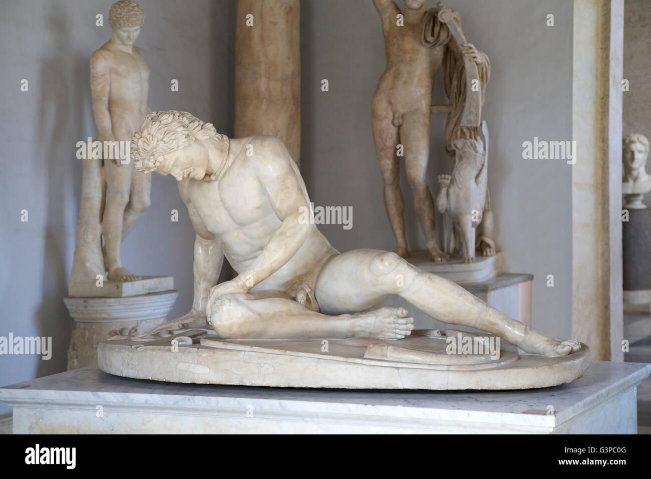 Galata morente scultura, palazzo nuovo, Museo Capitolino, Roma, Italia Immagini Stock