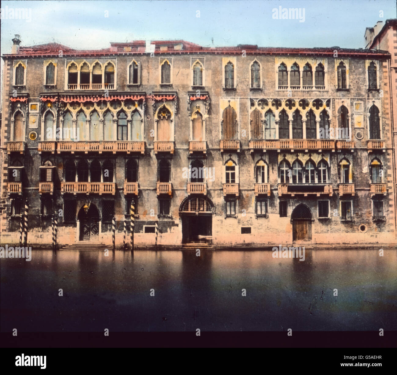 Wir finden namentlich Goethe Erinnerungen un allen Stellen, vor allem hier beim Palazzo Giustiniani mit circuizione Immagini Stock