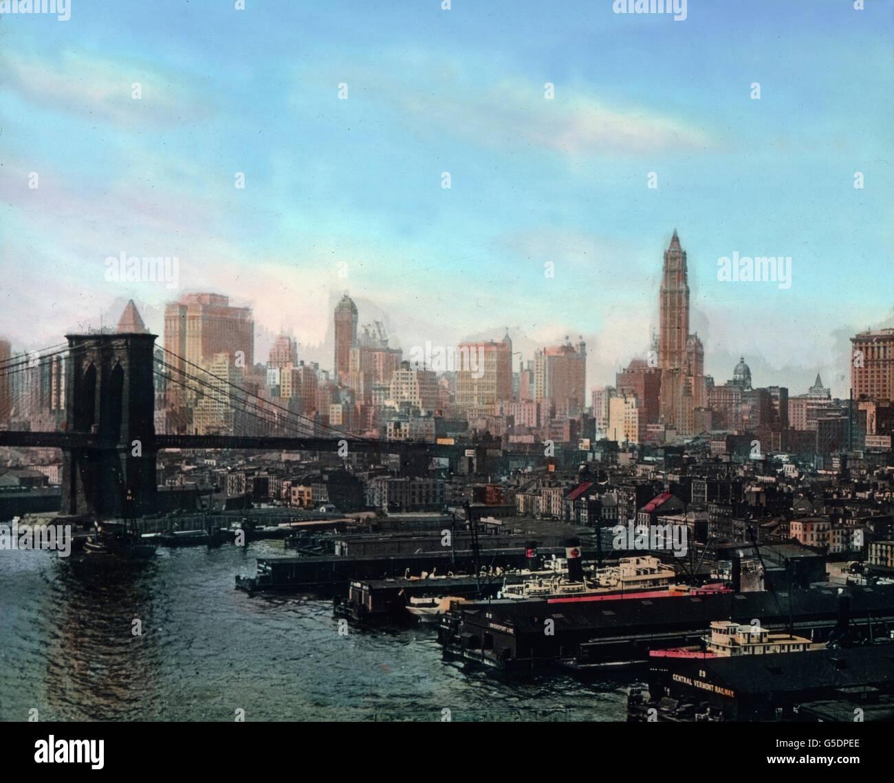 Die Ponte di Brooklyn a New York mit Blick auf Manhattan. America del Nord a335e2919281