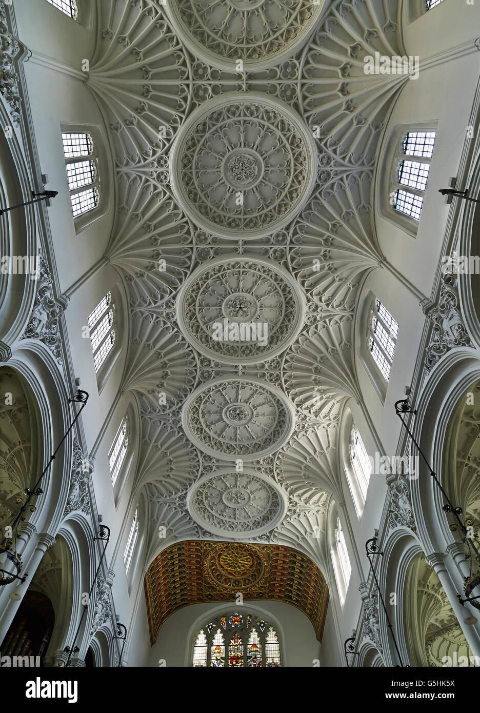 St Mary Aldermary, chiesa della città di Londra, gotico ventilatore da soffitto di vaulting Immagini Stock