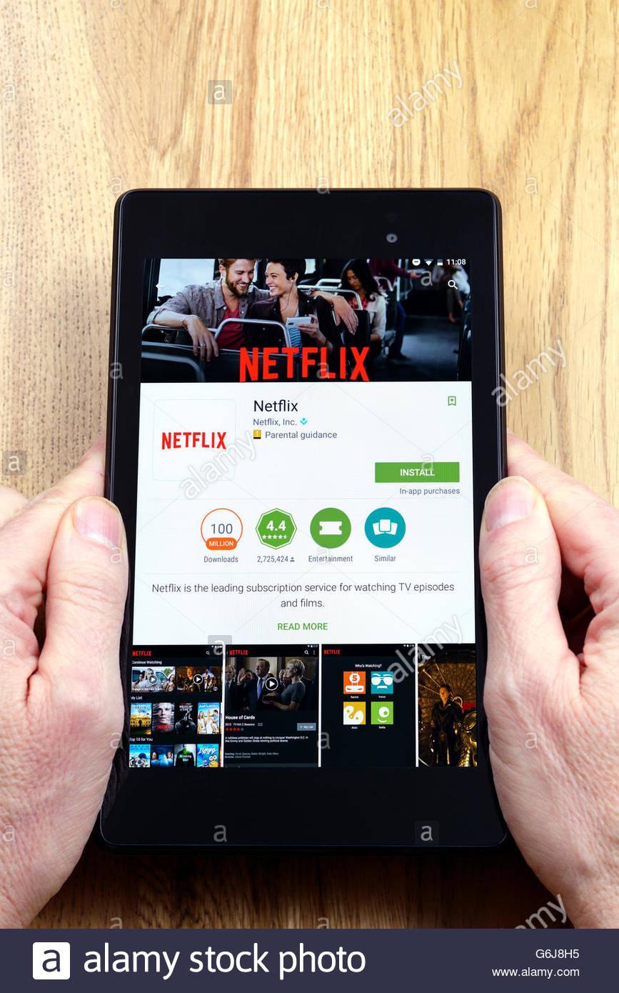 Netflix su richiesta il servizio di streaming, app su un Android tablet PC, Dorset, England, Regno Unito Immagini Stock
