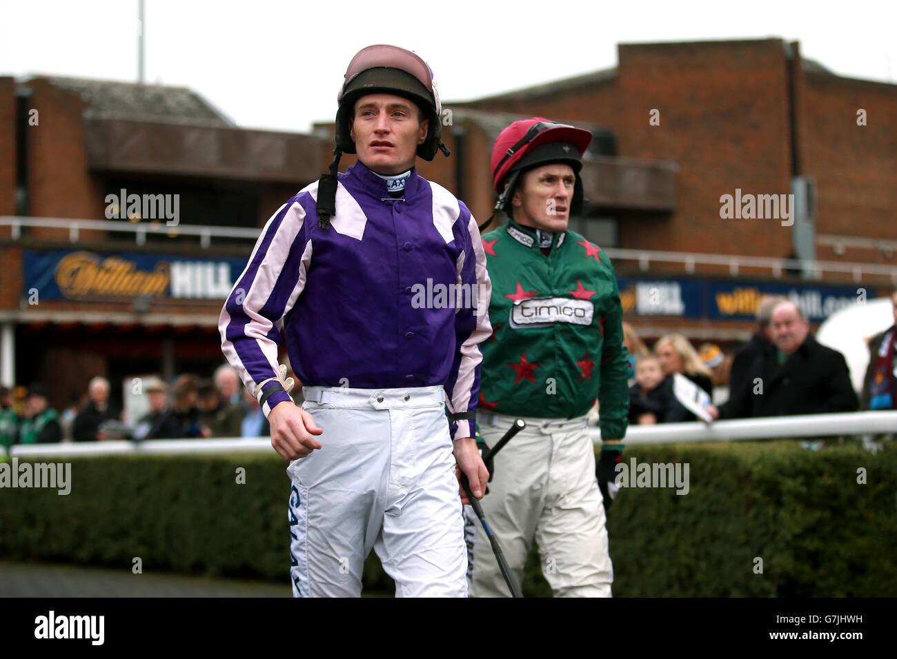 Horse Racing - 2014 William Hill Festival invernale - Giorno 1 - Kempton Park Immagini Stock
