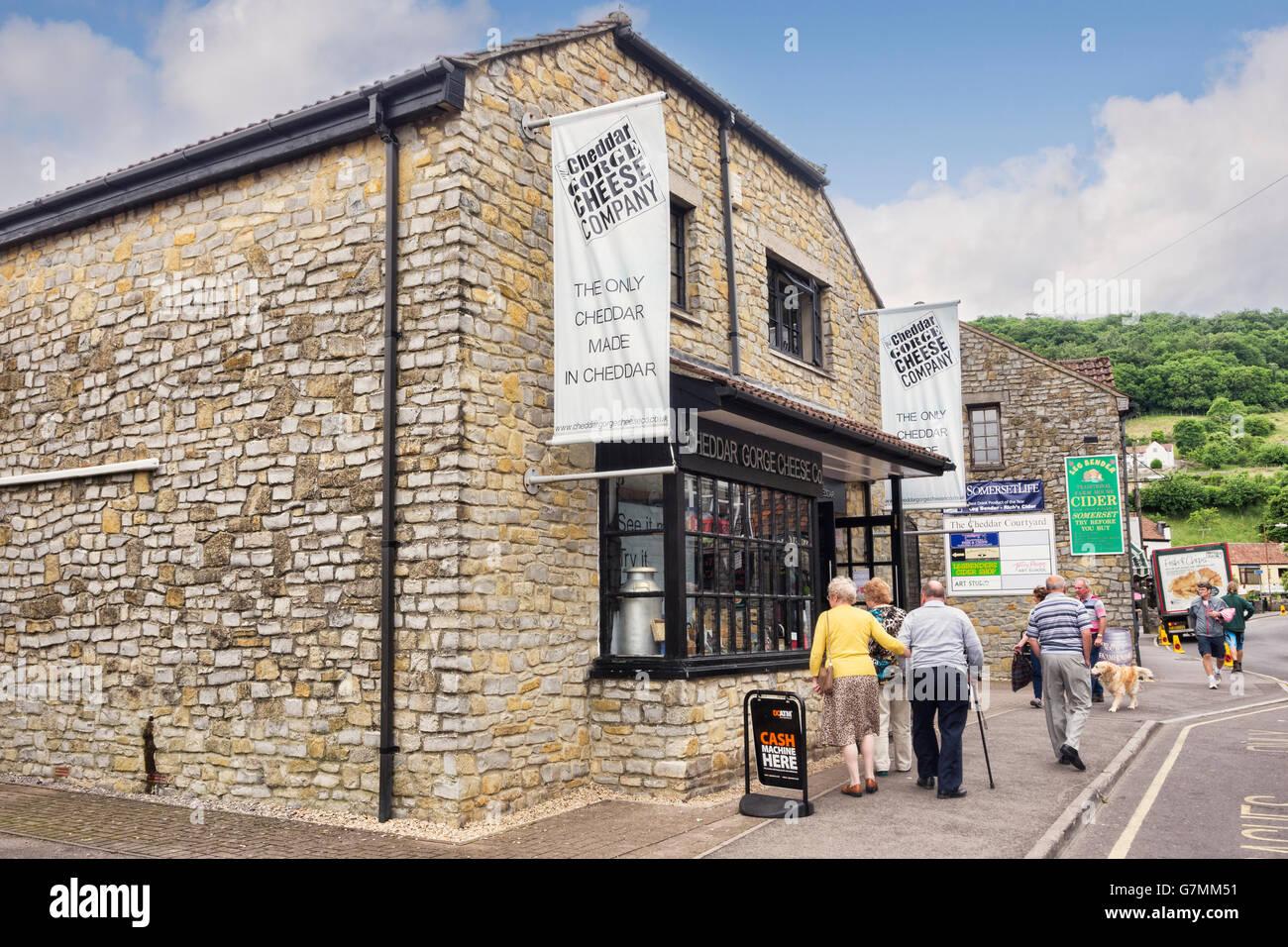 Cheddar Gorge Cheese Company, Cheddar Gorge, Somerset, Inghilterra, Regno Unito Immagini Stock