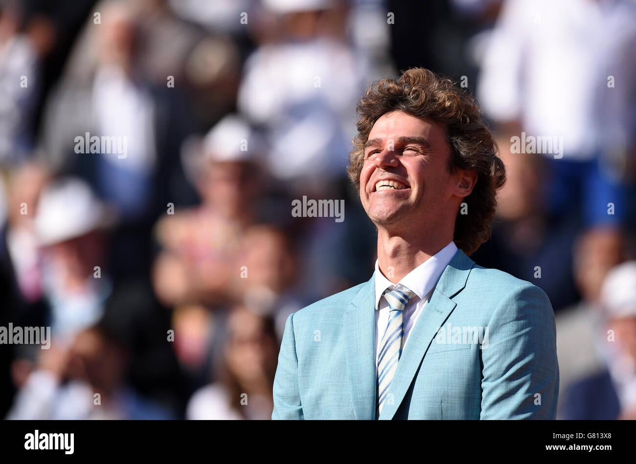 Gustavo Kuerten il giorno quindici del French Open al Roland Garros il 7 giugno 2015 a Parigi, Francia Foto Stock