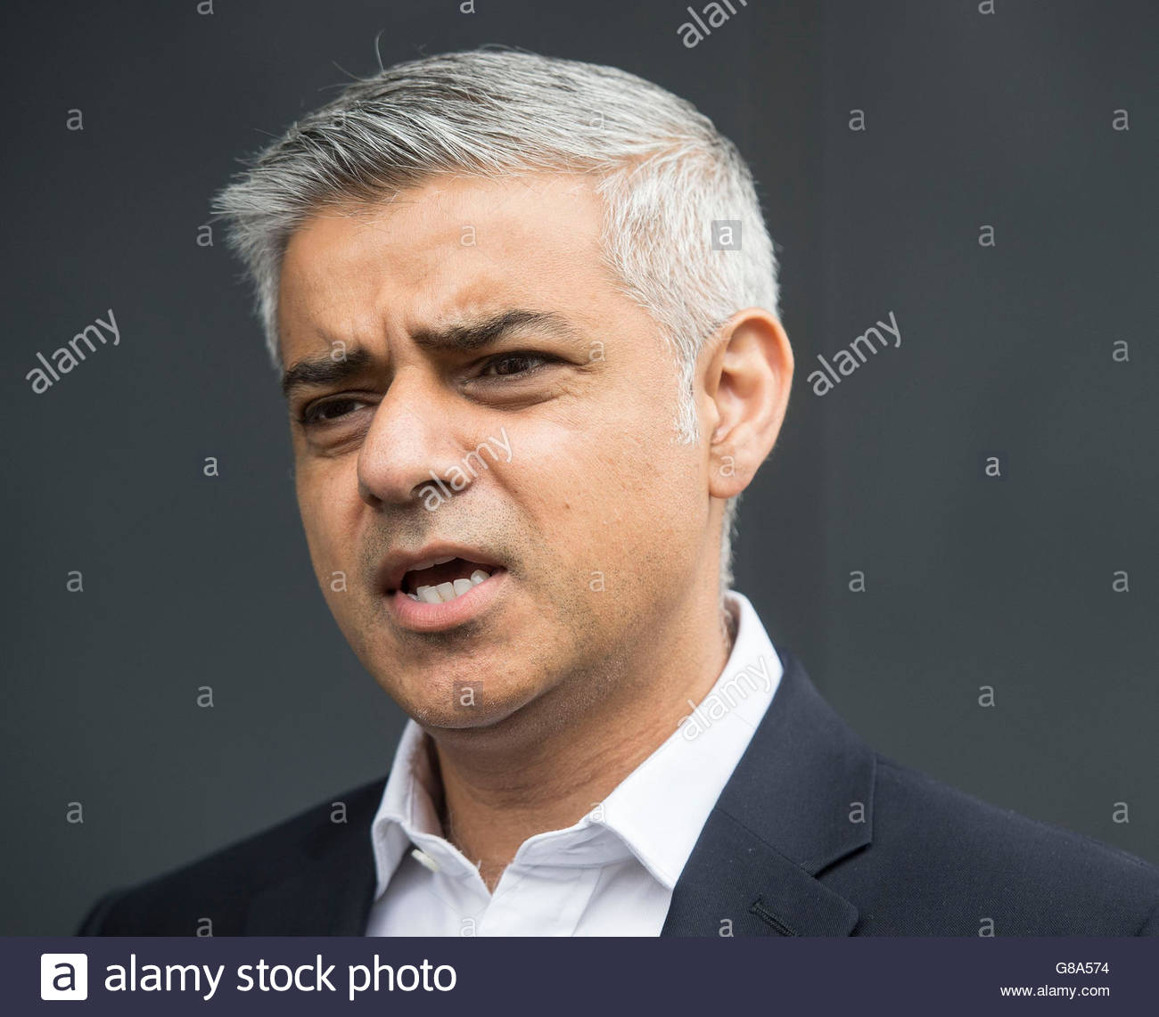 File foto datata 13/06/16 del sindaco di Londra Sadiq Khan, che ha detto la Gran Bretagna non dovrebbe tenere un Immagini Stock