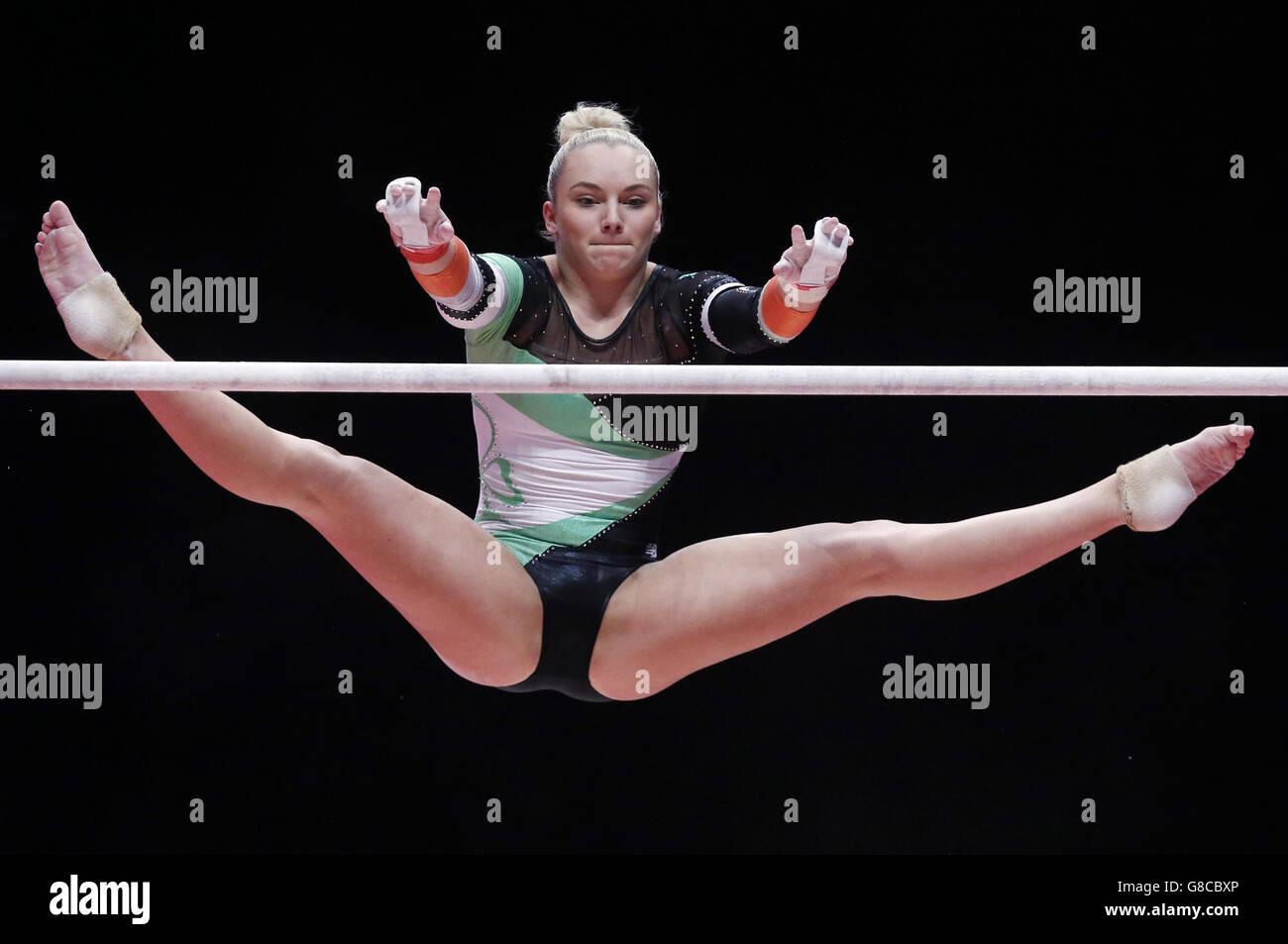 Ginnastica - 2015 Campionati del Mondo - Giorno 2 - la SSE Idro Immagini Stock