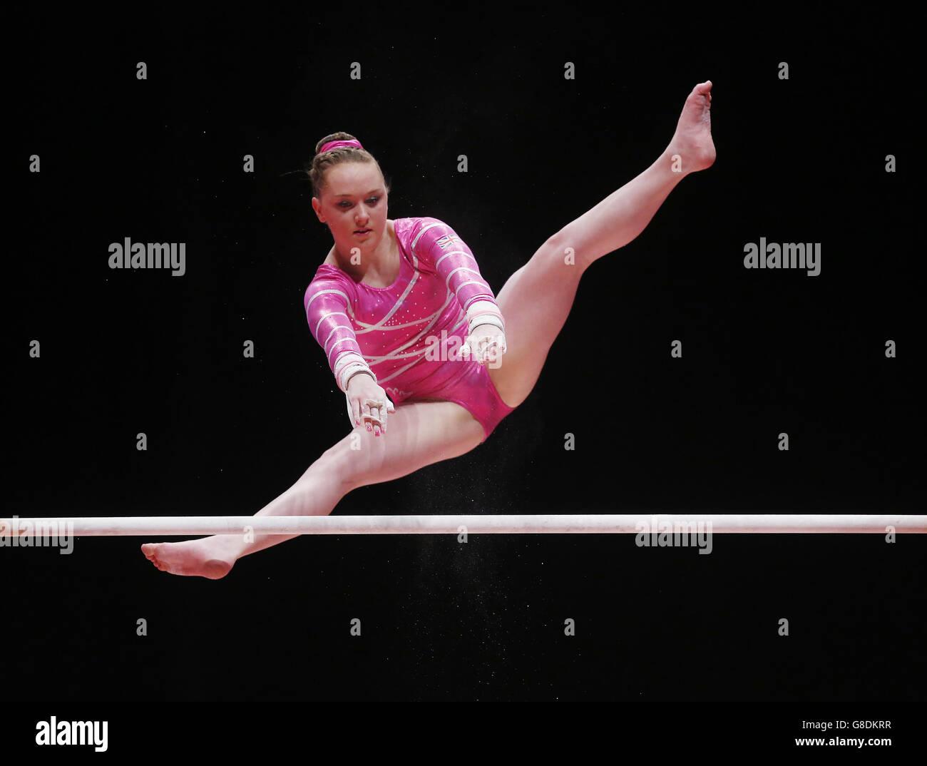 Ginnastica - 2015 Campionati del Mondo - Giorno Sette - la SSE Idro Immagini Stock