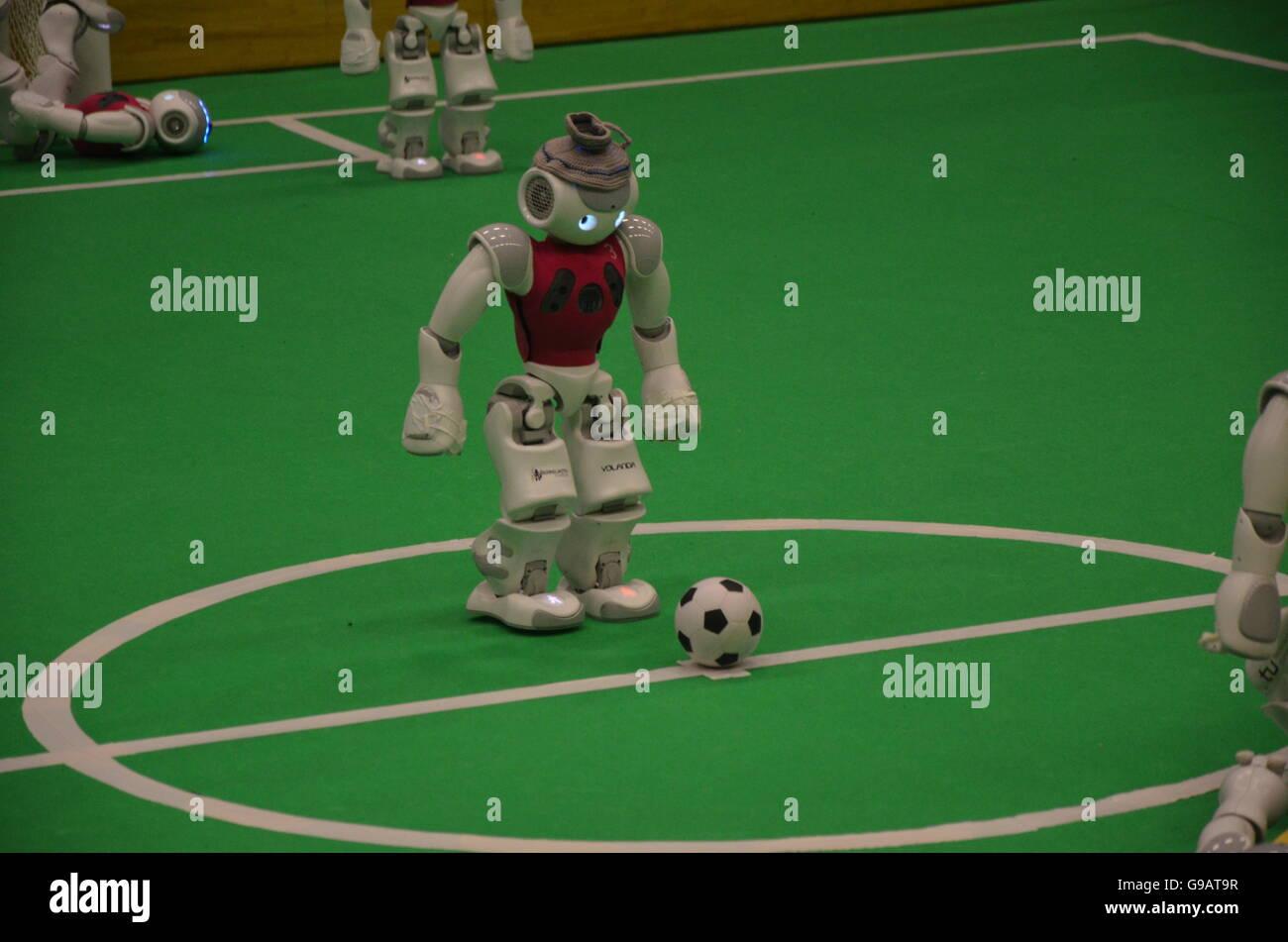 Robot automazione binär cartoni animati cocosnuss computer