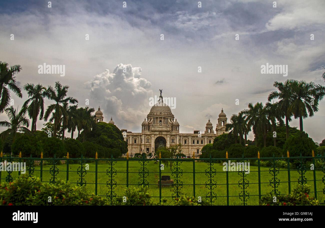 Il British monumento del memoriale della Victoria , durante i monsoni,in Kolkata India Immagini Stock