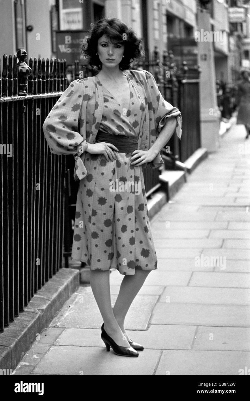 Gen 01, 1967 Hardy Am~es Fashion Show. (L. per R.) due