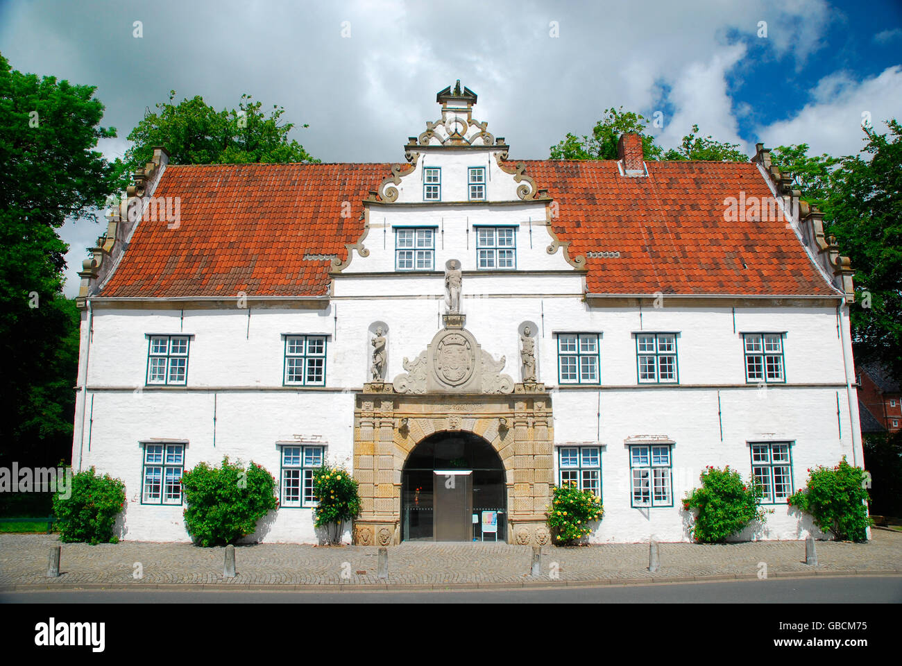 Herrenhaus, Schlosspark, Husum, 16. Jh., Nordfriesland, Schleswig-Holstein, Germania Foto Stock