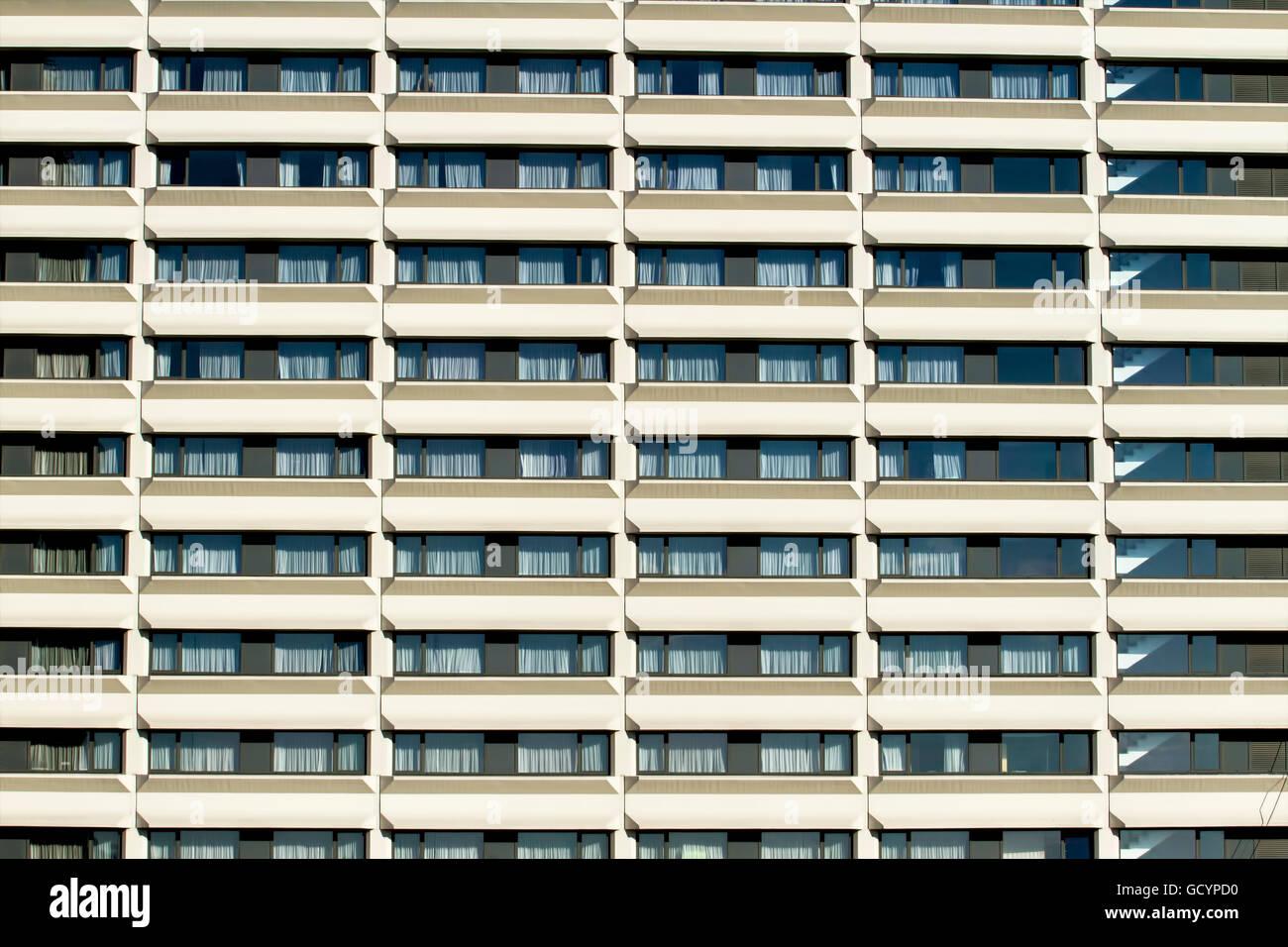 Fioriera in sospensione per balcone terrazza e parete
