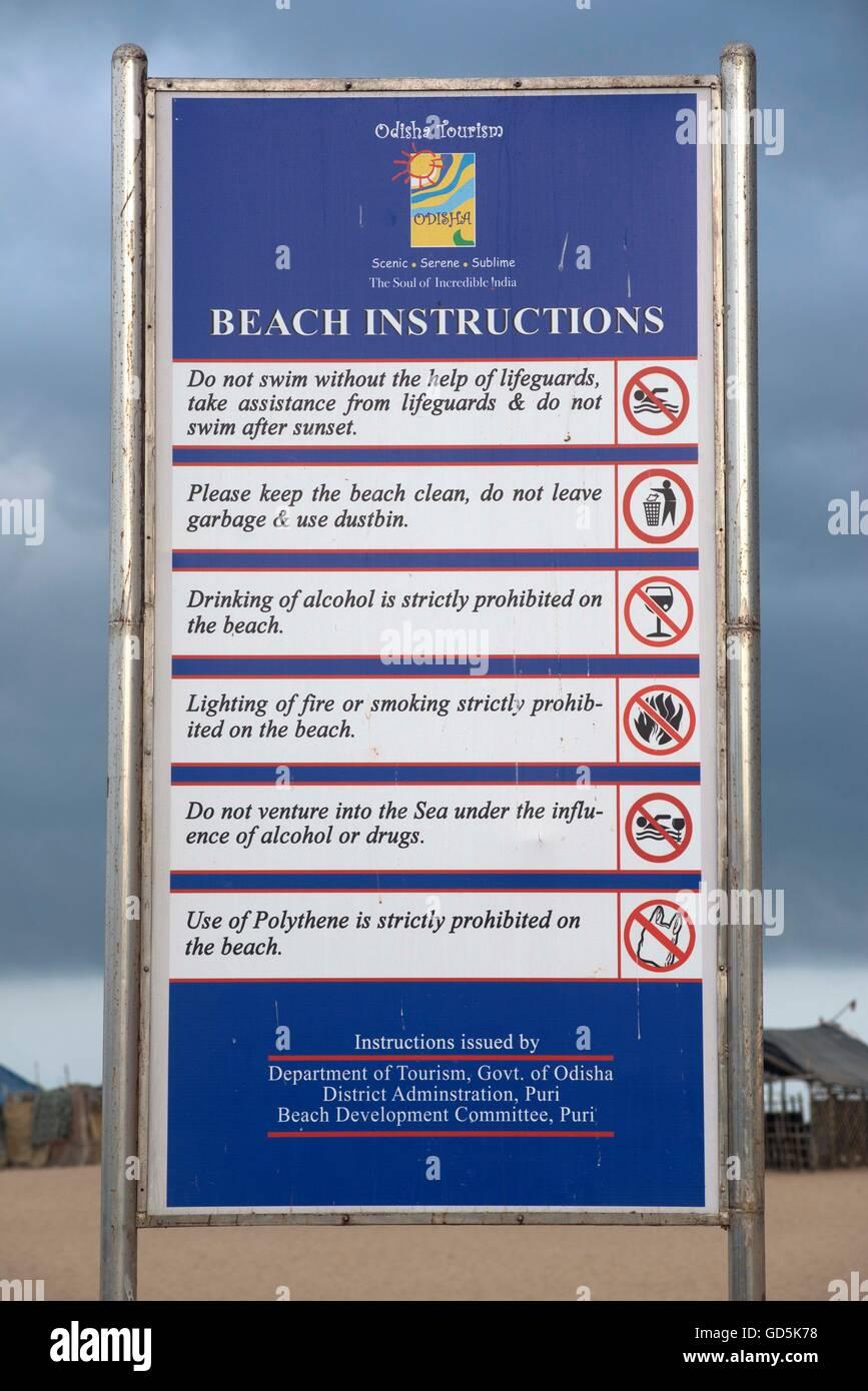 Scheda di istruzioni beach, puri, Orissa, India, Asia Immagini Stock