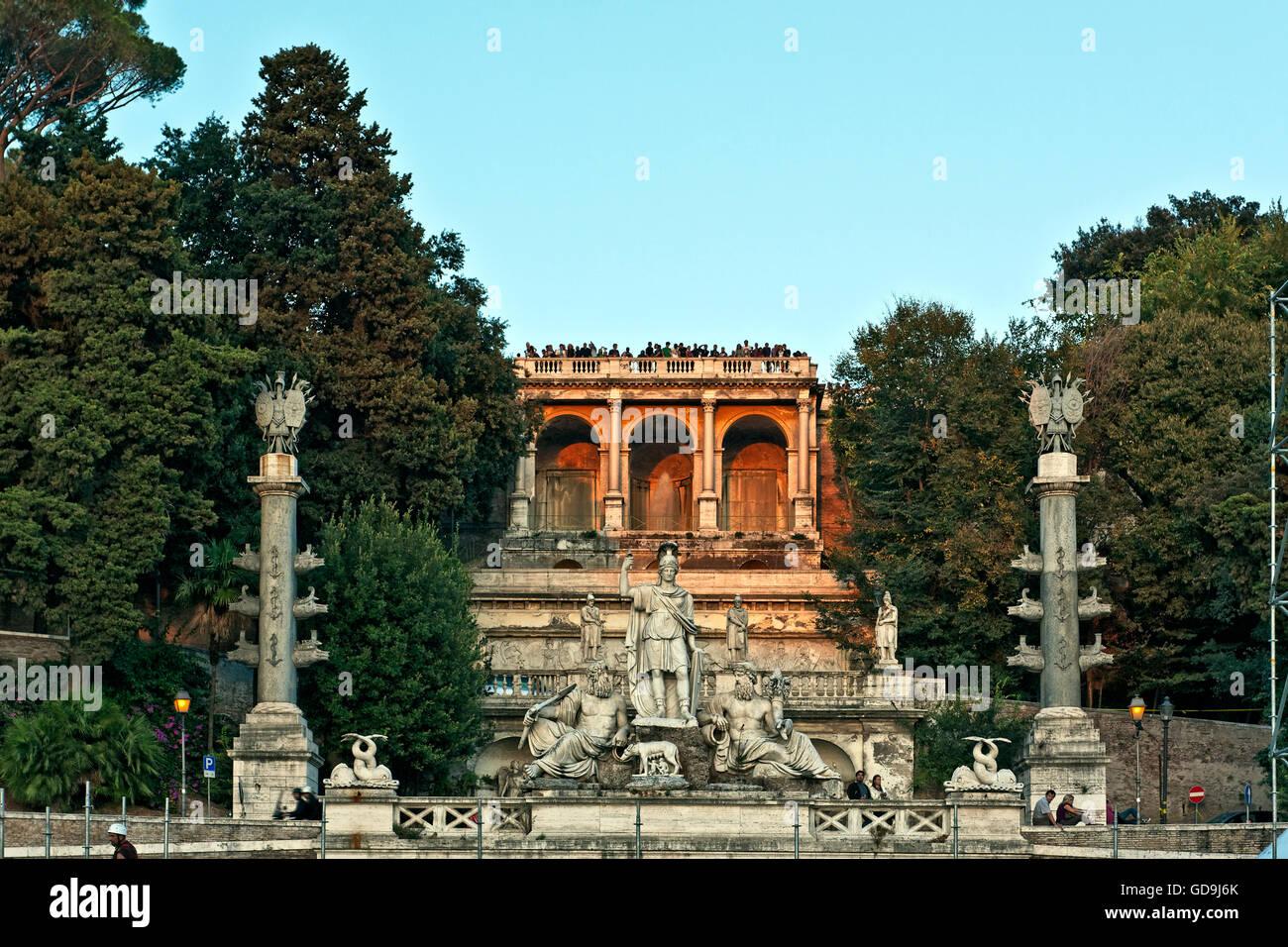 Pincio balcone monumentale e la fontana della Dea di Roma, Piazza del Popolo, Roma, Lazio, l'Italia, Europa Immagini Stock