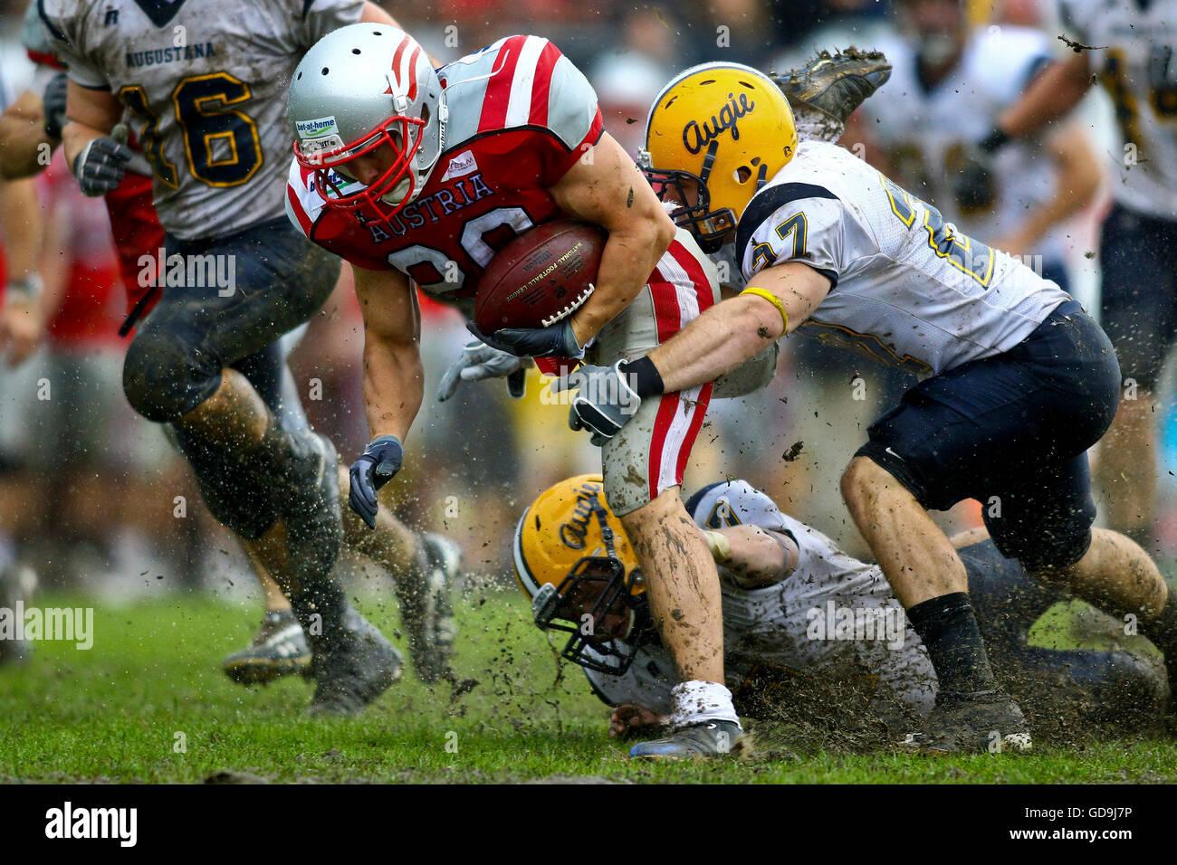 Il football americano, Team Austria vs Augustana Vichinghi giocando nella carità Bowl XII, Stadio Hohe Warte, Immagini Stock