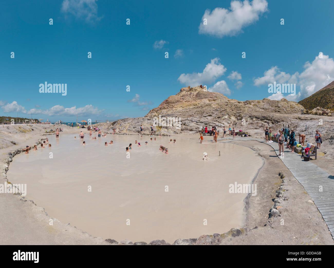 Fango sani nel lago di fanghi di Vulcano Immagini Stock