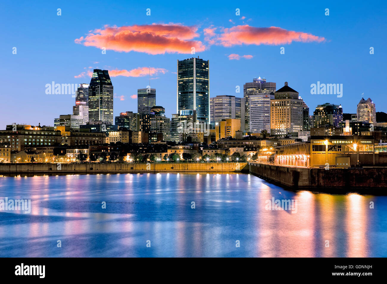 Montreal skyline notturno Immagini Stock