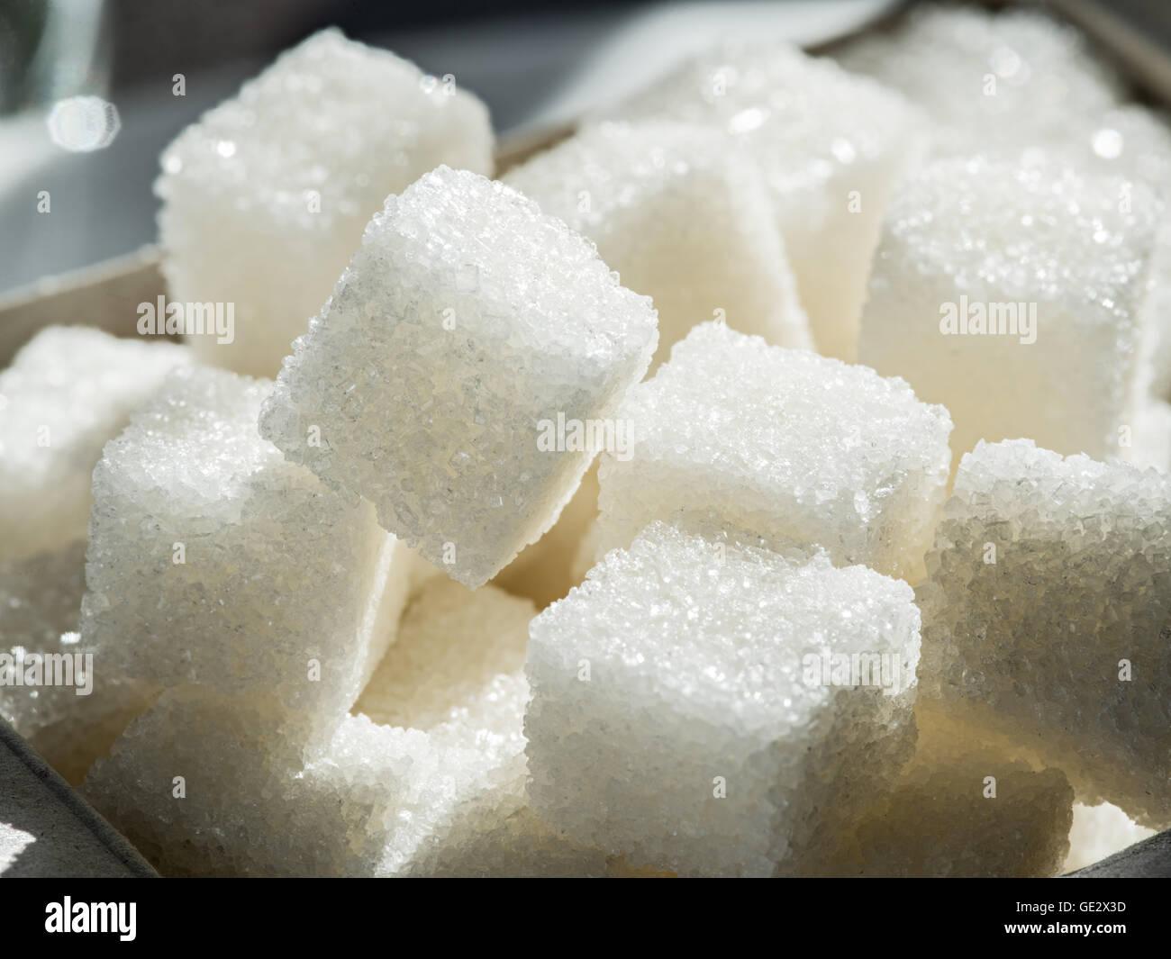 Immagine ravvicinata di bianco zucchero di raffineria. Immagini Stock