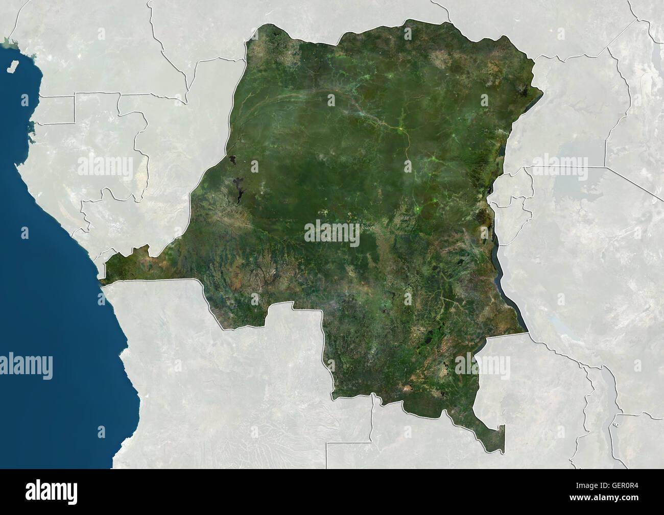 Vista satellitare della Repubblica Democratica del Congo (con confini tra  paesi e maschera). Questa immagine è stata elaborata sulla base dei dati  acquisiti dai satelliti Landsat Foto stock - Alamy