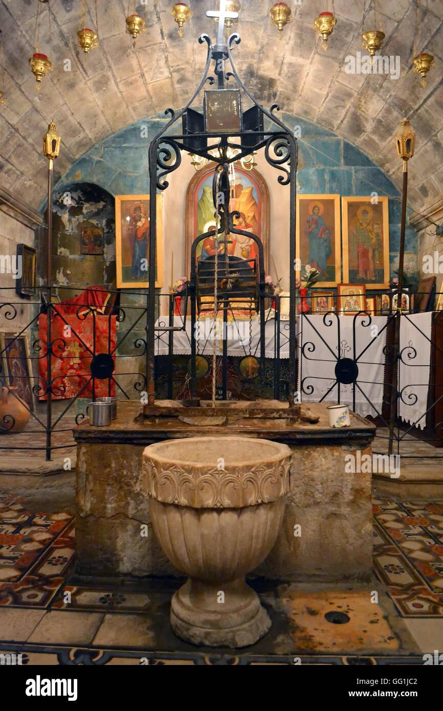 5705. Jacobs bene (o pozzo di Sicar) accanto al sito archeologico di antiche Schem (Nablus) situata nel complesso Immagini Stock