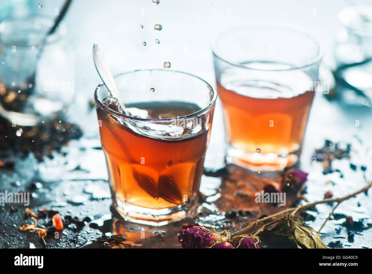 Il tè del mattino con il sole Immagini Stock