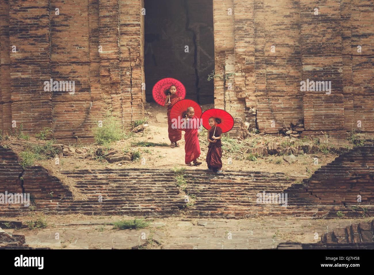 Il bello della fede nei paesi buddista in Myanmar. Immagini Stock