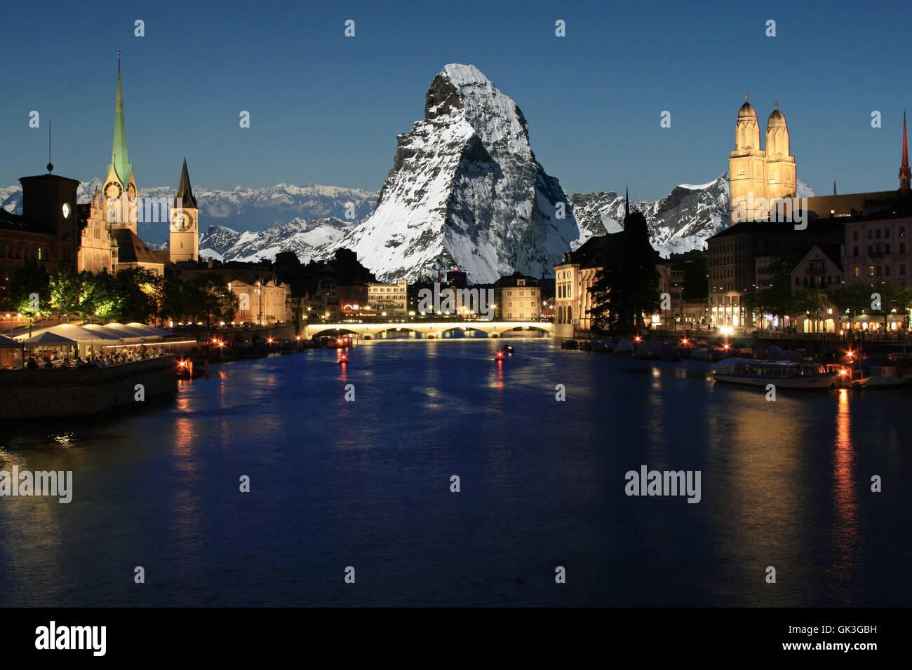 Zurigo con il Cervino sullo sfondo Immagini Stock