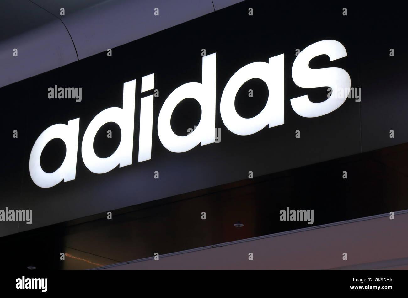 Fotos amp; Stock Immagini Alamy Adidas Logo fqYwF